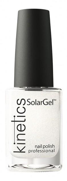 KINETICS 413 лак профессиональный для ногтей / SolarGel Polish Glitter for Breakfast 15 мл